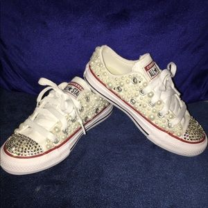 Kids white converse lace sneakers